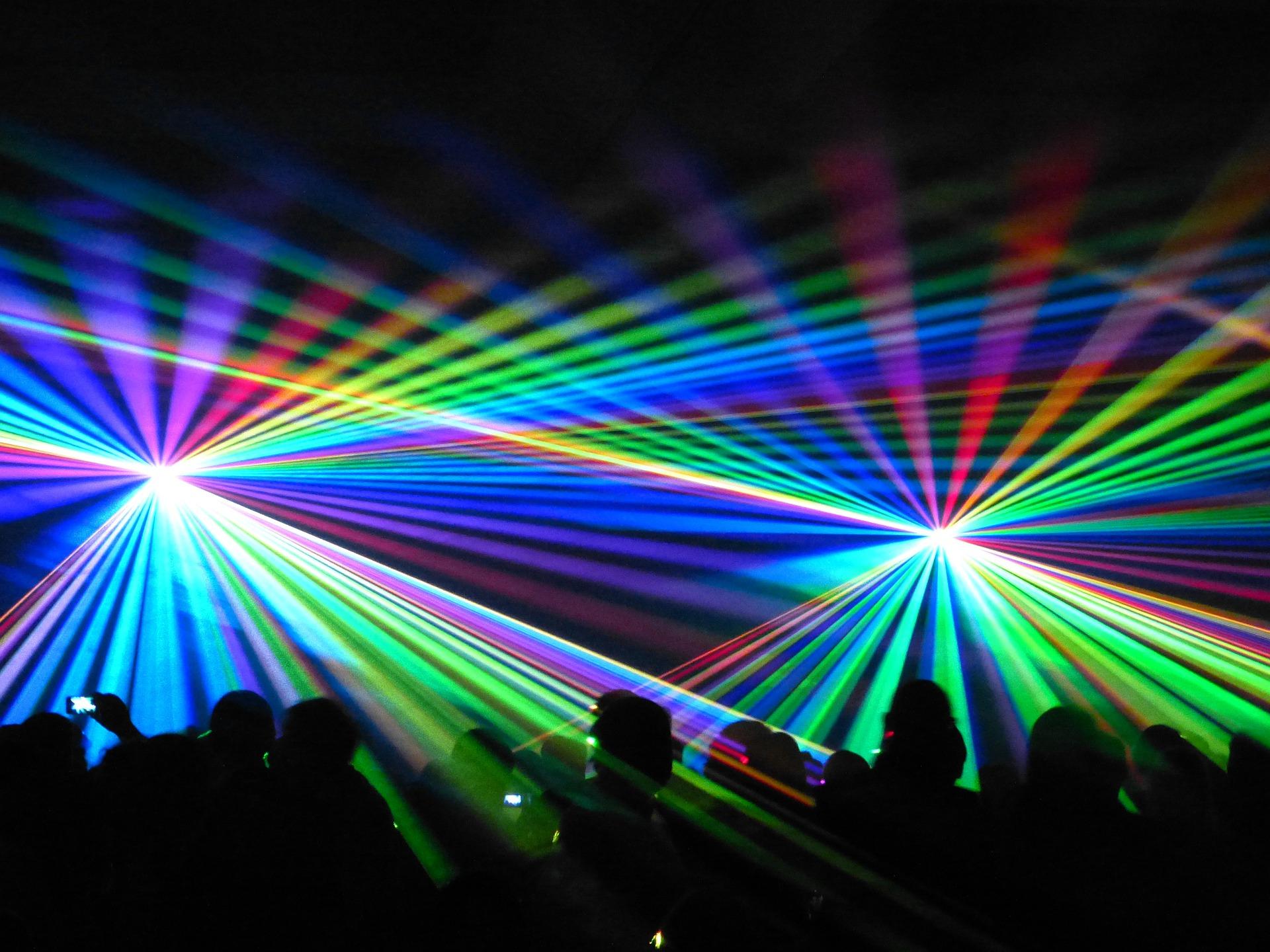 laser-288611_1920